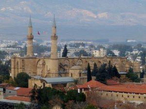 cipro-del-nord-nicosia-nord-la-moschea-selimiye-di-nicosia-del-nord