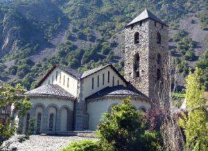 principato-di-andorra-andorra-la-vella-la-chiesa-esglesia-de-sant-esteve-di-andorra-la-vella