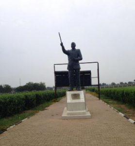 sudan-del-sud-giuba-la-statua-garang-di-giuba