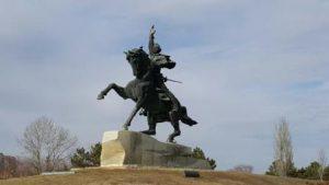 transnistria-tiraspol-il-monumento-suvorov-di-tiraspol