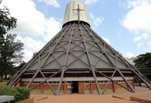 uganda-kampala-il-santuario-dei-martiri-di-uganda