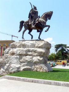 Albania Tirana Il Monumento Skanderbeg di Tirana