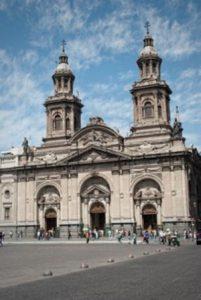 cile-santiago-del-cile-la-cattedrale-di-san-giacomo-di-santiago