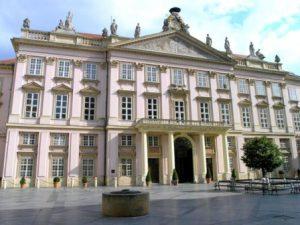 slovacchia-bratislava-il-palazzo-primaziale-di-bratislava