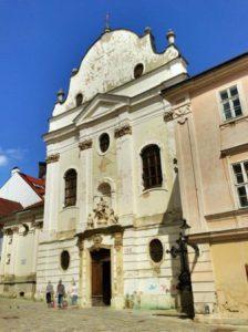 slovacchia-bratislava-la-chiesa-francescana-di-bratislava