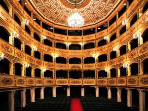 malta-la-valletta-il-teatro-manoel-di-la-valletta