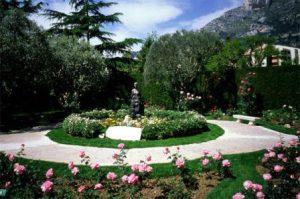 monaco-il-parco-fontvieille-e-il-giardino-della-principessa-grace-di-monaco