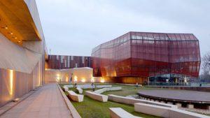 polonia-varsavia-il-centro-sulla-scienza-copernico-di-varsavia