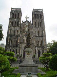 vietnam-hanoi-la-cattedrale-di-san-giuseppe