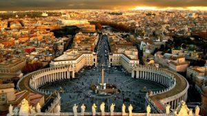 citta-del-vaticano-la-piazza-san-pietro-di-vaticano