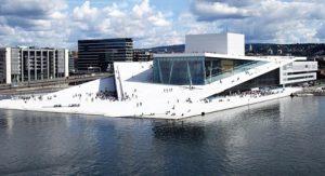 Oslo-Norvegia-Il-Teatro-dellOpera-di-Oslo.jpg