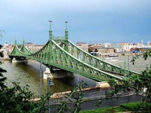 ungheria-budapest-il-ponte-della-liberta-di-budapest